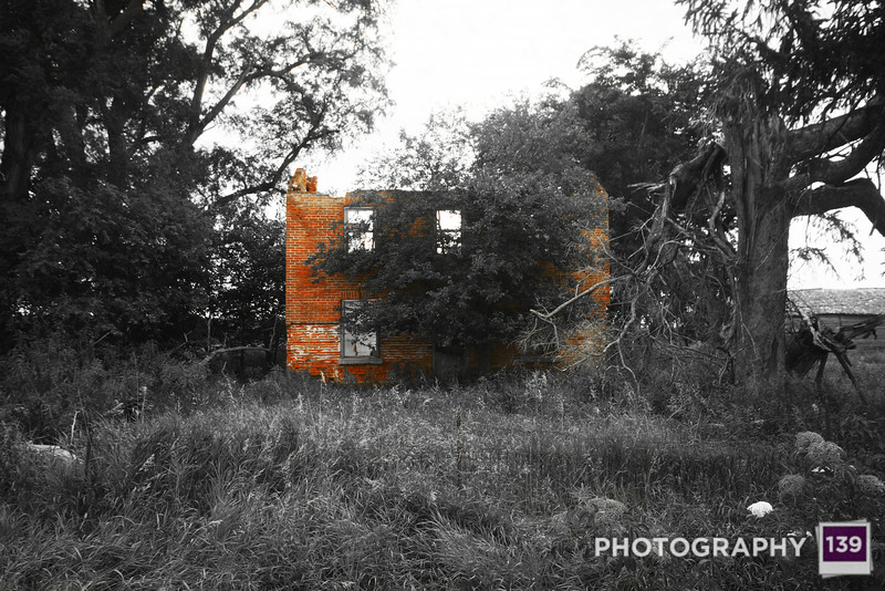 Abandoned old ruin near Sutliff, Iowa. (Photo Assistant: Jesse Howard)