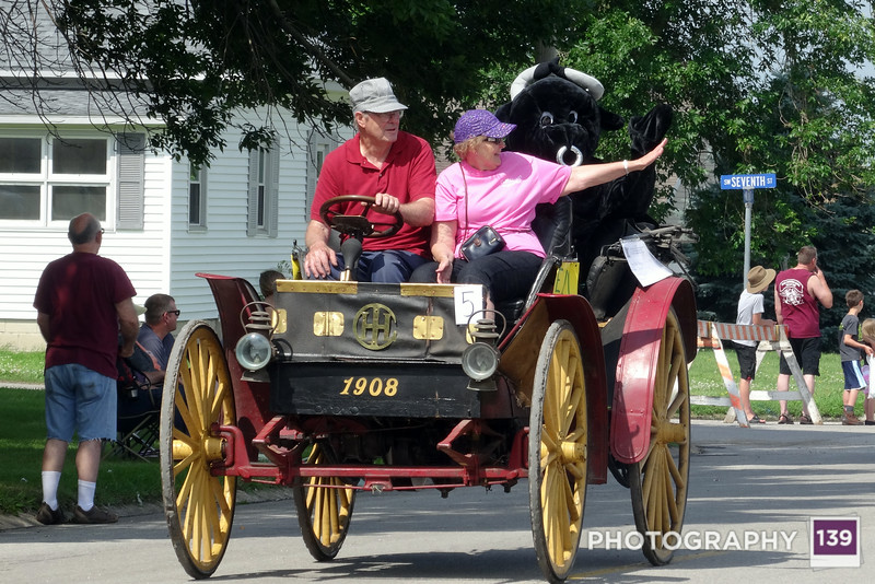 Riding in the Ogden Fun Days Parade with David and Leone. (Photo by Shawn Lockner)