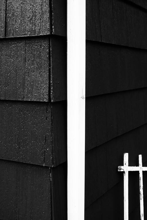 BLACK AND WHITE - LOSER